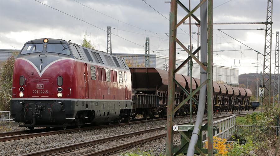 http://www.ostbahn.org/gleisbau/161120_221122_bauzug.jpg